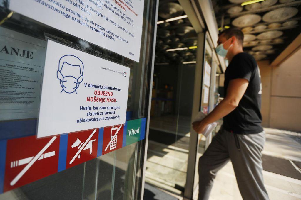 V Sloveniji 111 novih okužb, od tega v Pivki perutninarstvo 32