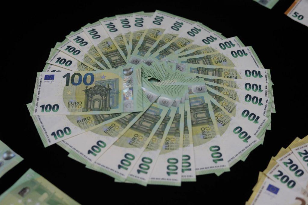 V Sloveniji za 300 milijonov sumljivih nakazil