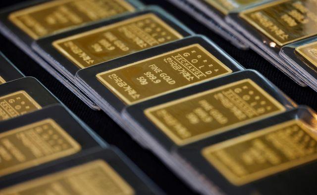 Tudi cena zlata se bo verjetno umirila. FOTO: Kim Hong-ji/Reuters