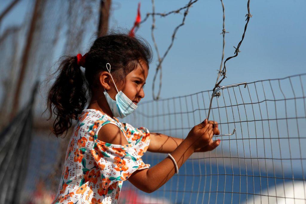 Pakt azilnega realizma