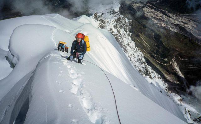 Ključni mejniki v Voytekovem življenju so bili prečenje Broad Peaka, bliskovito hitra vzpona na Čo Oju in Šiša Pangmo v nočnem, golem slogu in Gašerbrum IV. FOTO: arhiv Voyteka Kurtyke