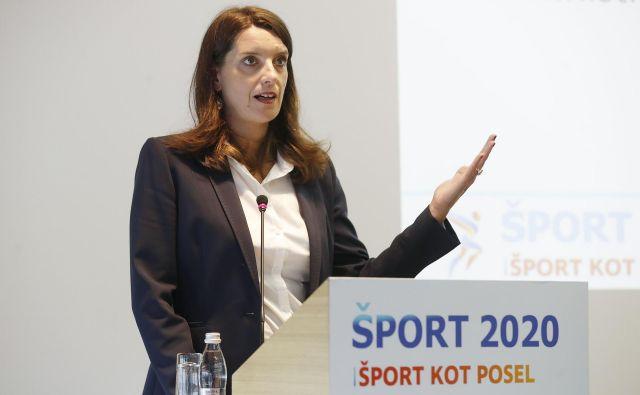 Simona Kustec na konferenci Šport 2020, šport kot posel. FOTO: Leon Vidic