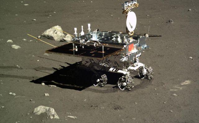 Rover Yutu, kakor ga je posnel pristajalnik Chang'e 3.FOTO: NAOC (Kitajski nacionalni astronomski observatorij)