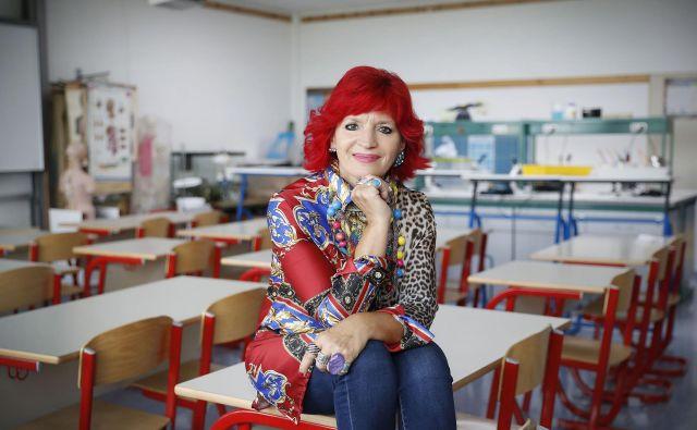 Marijana Kolenko: »Velikokrat učiteljem na predmetni stopnji rečem, da če želijo preveriti sebe, ali so dobri, empatični, čutni in čuteči, naj stopijo v prvi razred. Otroci vam bodo natančno pokazali, kdo ste in kakšni ste.« FOTO: Leon Vidic/Delo