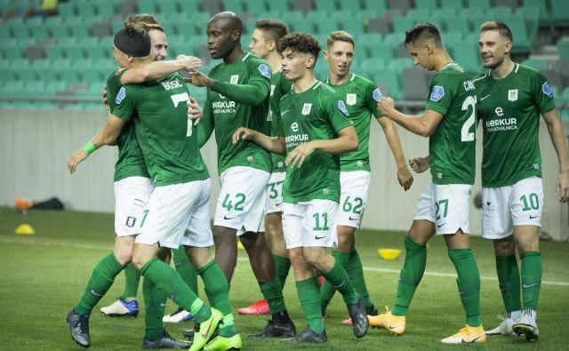 Olimpija je po slabem začetku sezone nanizala dve zmagi in lažje zadihala pred nedeljskim derbijem proti Mariboru. FOTO: Jure Eržen/Delo