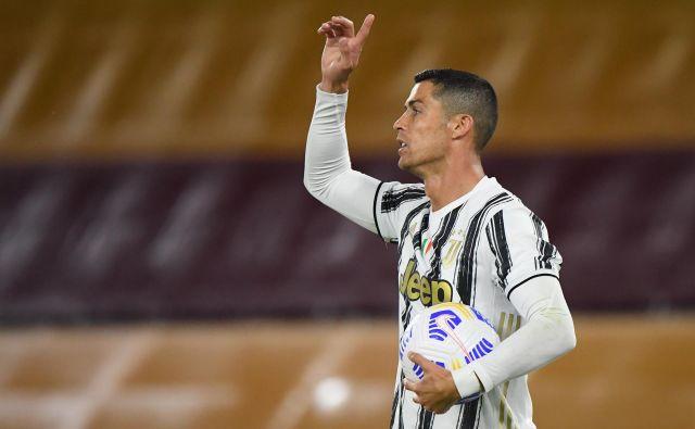Cristiano Ronaldo je daleč najučinkovitejši nogometaš v zgodovini lige prvakov. FOTO: Alberto Lingria/Reuters
