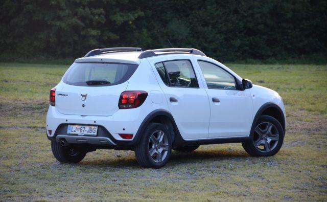Dacia sandero stepway je priljubljena izvedba tega modela, ponujajo jo tudi v izvedbi na plin. FOTO: Gašper Boncelj