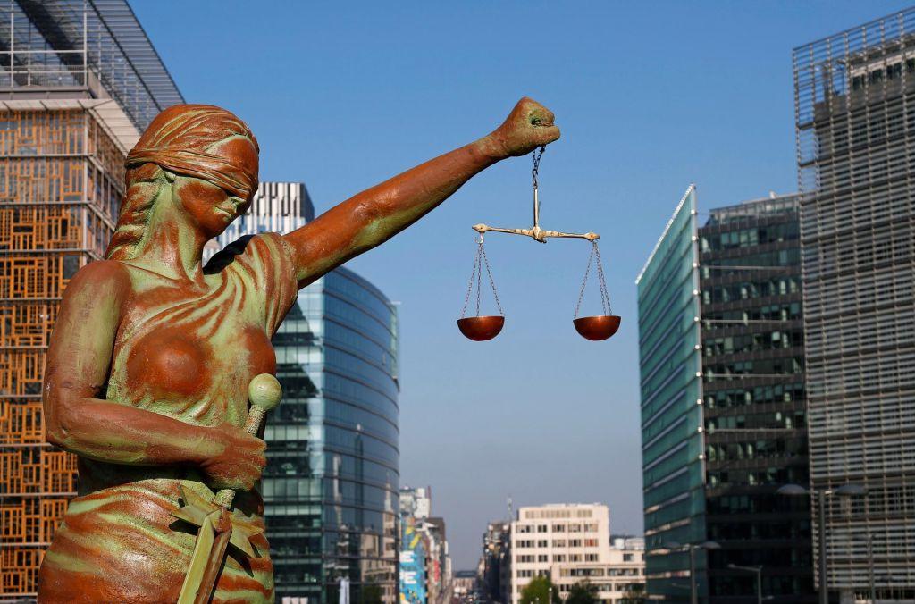 Petsto strani upanja za vladavino prava
