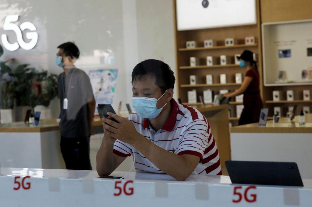 Obseg posla v telekomunikacijah stagnira