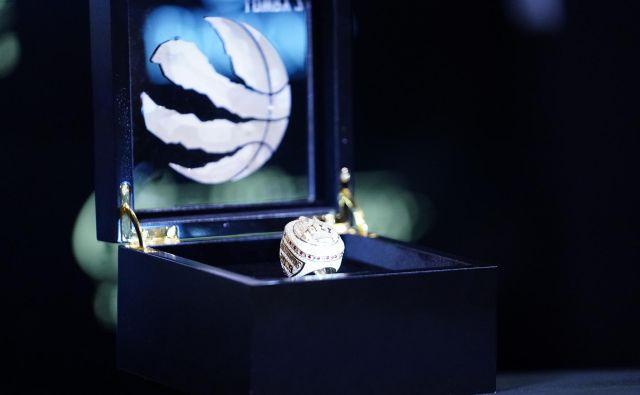 Vsak prstan ima 1,25-karatni diamant, kar je največji diamant na prstanih doslej. FOTO: John E. SokolowskI/Usa Today Sports
