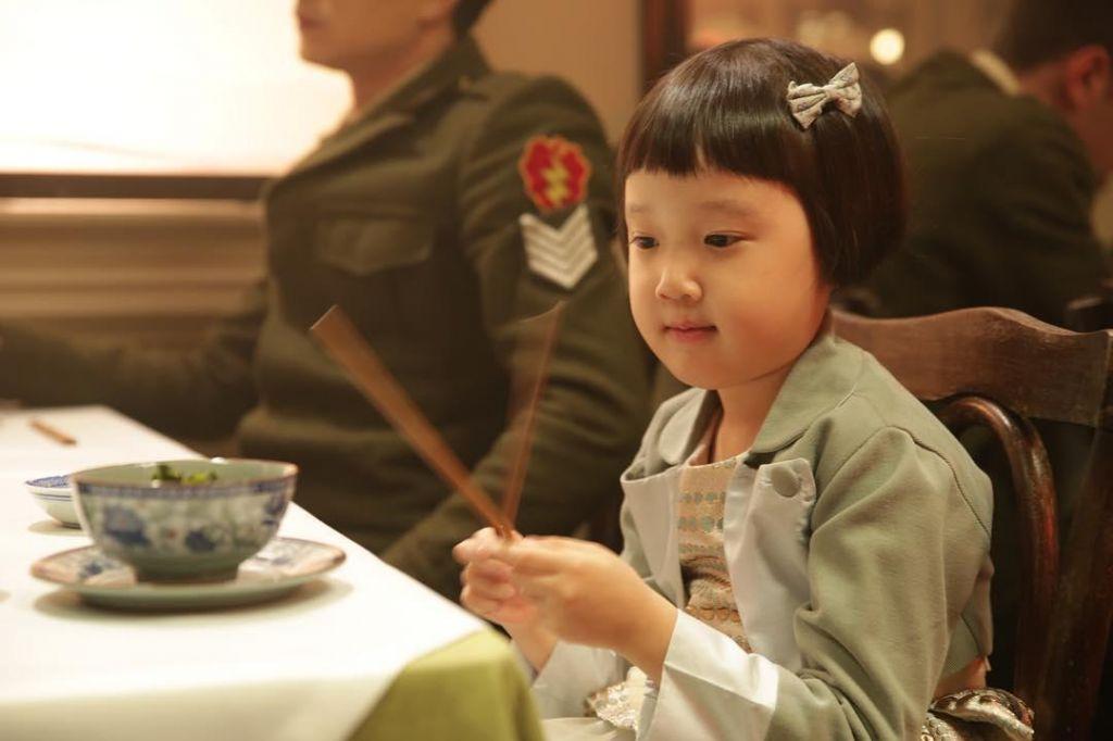 TV namigi: Ajla, hči vojne, Na robu in Naša blagovna znamka