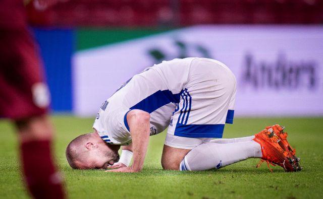 Igralci Kobenhavna se niso mogli sprijazniti s kruto usodo. FOTO: Reuters