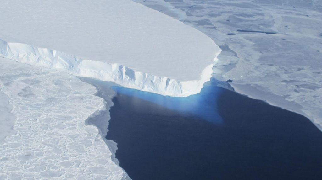 Previsoke temperature in premočno taljenje ledu
