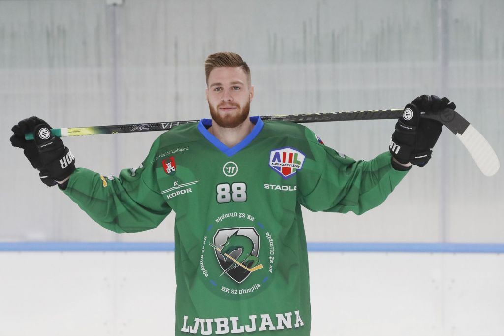 Olimpiji prepričljivo slovenski hokejski derbi