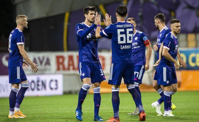 Maribor je v krizi, kako se bo iz nje izvlekel, pa je odvisno tudi od odziva trenerja Maura Camoranesija. FOTO: Mariborinfo/Jure Banfi