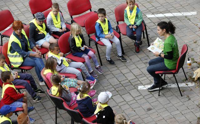 Z otroki se je treba pogovarjati – med drugim tudi o pasteh spleta. FOTO: Matej Družnik/Delo