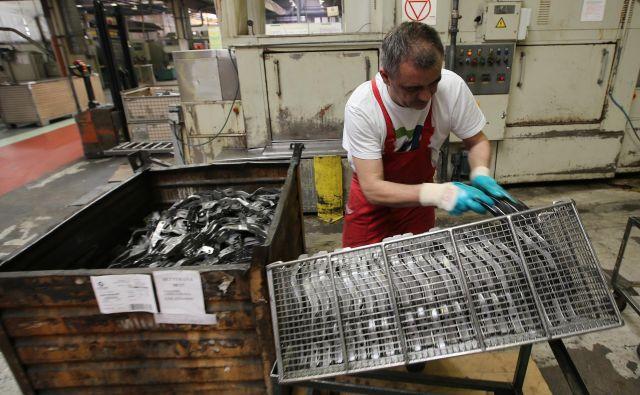 Koprski proizvajalec avtomobilskih delov Cimos je prejšnji mesec napovedal odpuščanje 200 zaposlenih. FOTO: Tomi Lombar/Delo