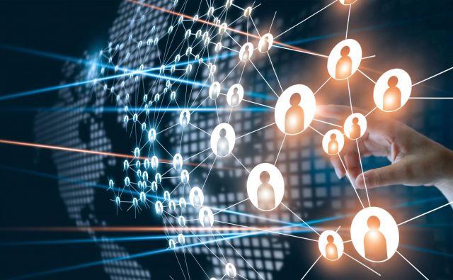 Znanje organizacije je večje kot znanje posameznika na njenem vrhu. FOTO: Shutterstock