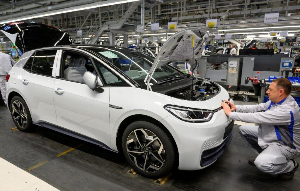 Nemški avtomobilski industriji gre bolje