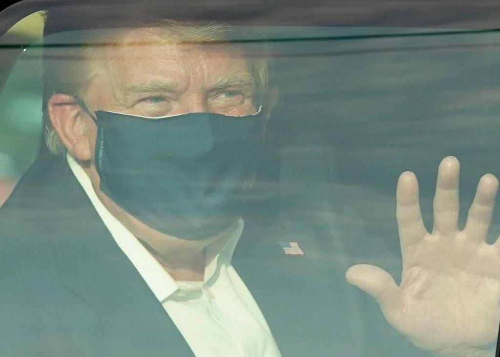 Trump spet nazaj v Beli hiši