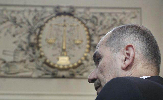 Janez Janša s tožbo zahteva 900 tisočakov zaradi, kot trdi, krivičnega sojenja. Foto Leon Vidic