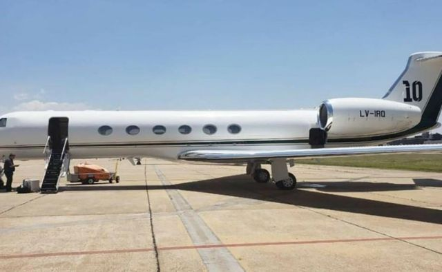 Lionel Messi si je pred dvema letoma z nakupom letala olajšal potovalne skrbi. FOTO:FCBarcelonaFl/Twitter