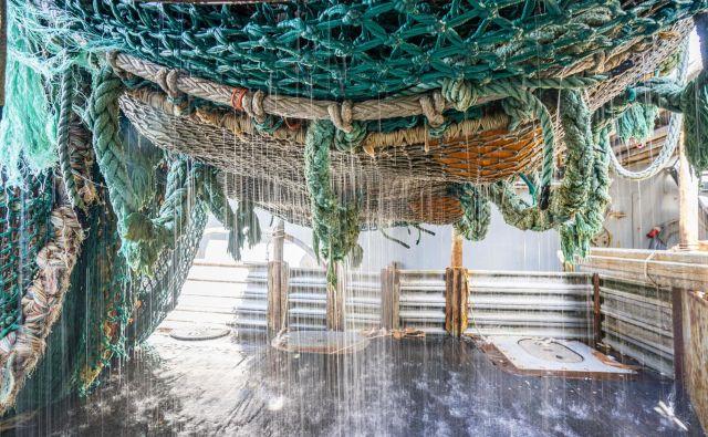 Plastično ogrodje Ocean Edition Chipola je narejeno iz zavrženih ribiških mrež, ki zaradi svoje sestave in oblike predstavljajo večji del težav s plastiko v oceanih. FOTO: Arhiv podjetja Chipolo