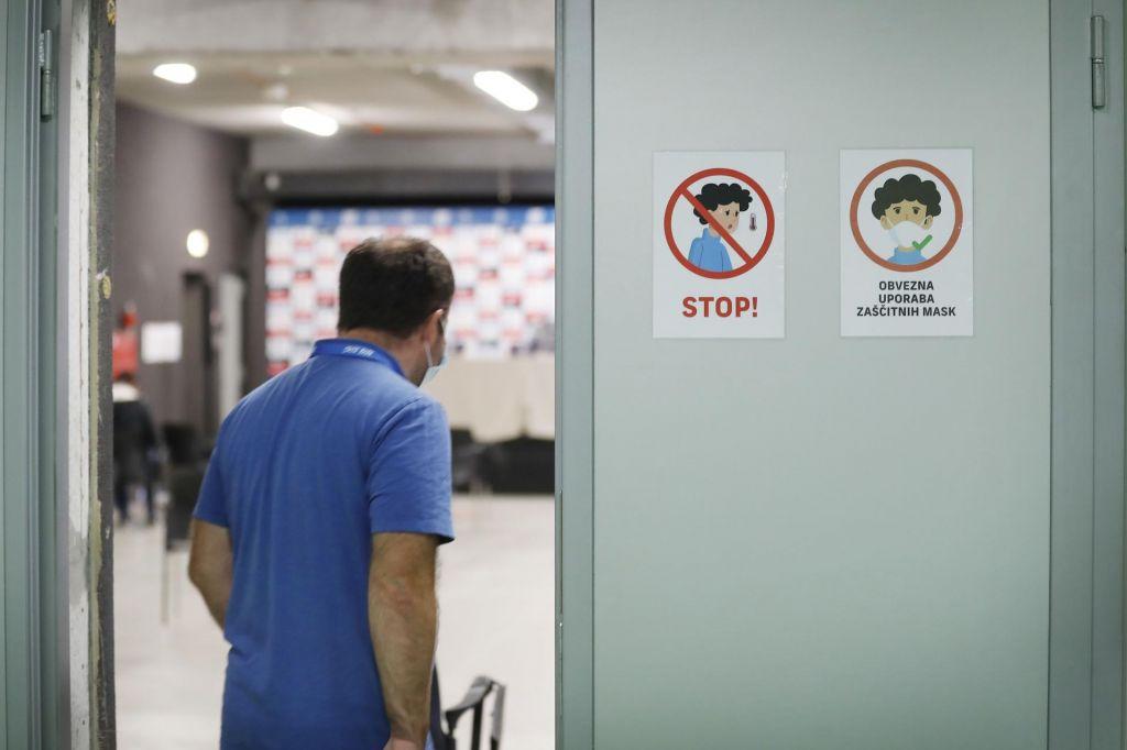 FOTO:V Sloveniji 189 novih okužb, umrli so trije okuženi