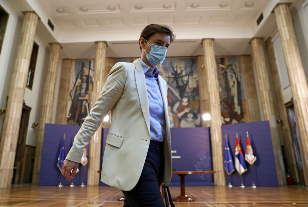 Srbija ne potrebuje vlade, dokler ima Vučića