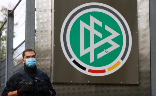 Nemški nogometni zvezi grozi nova afera. FOTO:Foto Kai Pfaffenbach/Reuters