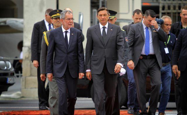 Avstrijski predsednik Alexander Van der Bellen in slovenski predsednik Borut Pahor med srečanjem v Ljubljani leta 2017. Foto Jože Suhadolnik