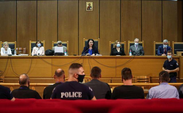 Na koncu petletnega sojenja je sodišče stranko Zlata zora označilo za kriminalno organizacijo. FOTO: Alkis Konstantinidis/Reuters