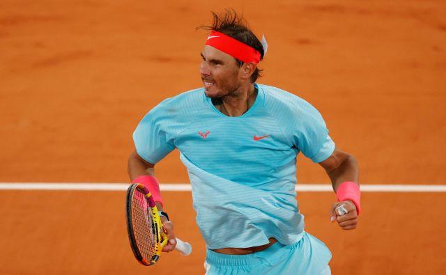 Rafael Nadal se je sredi noči razveselil uvrstitve v polfinale.<br /> FOTO: Gonzalo Fuentes/Reuters