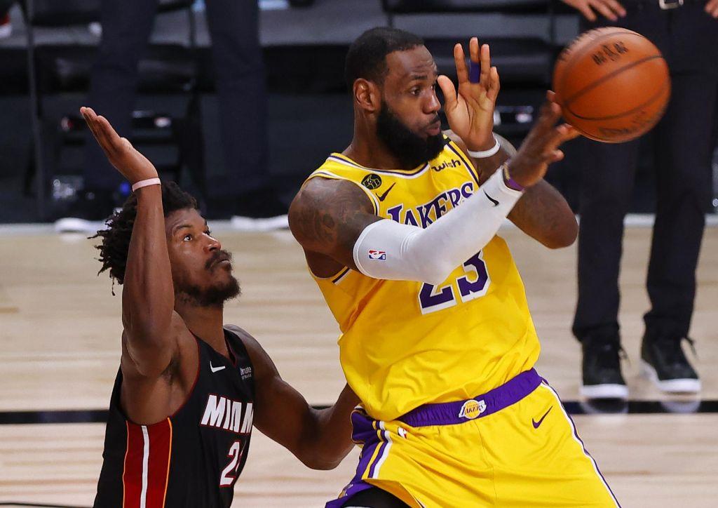 FOTO:LeBron pripeljal Lakers na prag raja