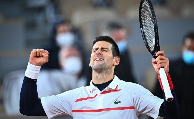 Novak Đoković se je uvrstil v deseti polfinale na odprtem prvenstvu Francije, potem ko je celo izgubil prvi niz proti Špancu Pablu Carreni Busti. FOTO: Anne-christine Poujoulat/AFP