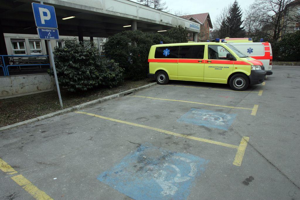 (Ne)diskriminirani invalidi v prometu glavnega mesta