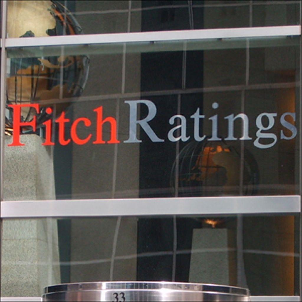 Fitch znižal boniteto petim državam, tudi Sloveniji