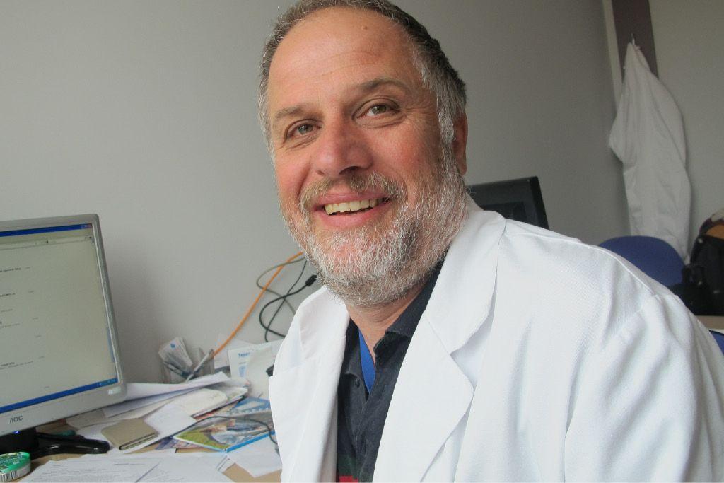 Huntingtonova bolezen: genska okvara, ki ne bi smela ostati družinska skrivnost