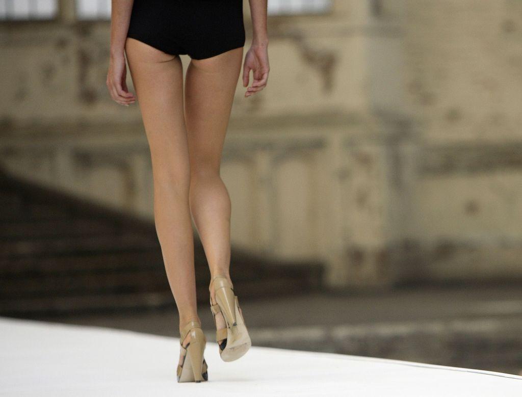 Rojeni spomladi bolj nagnjeni k anoreksiji?