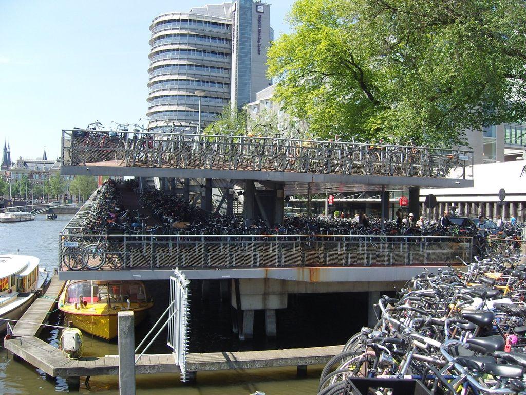 Nizozemci bodo gradili kolesarske avtoceste