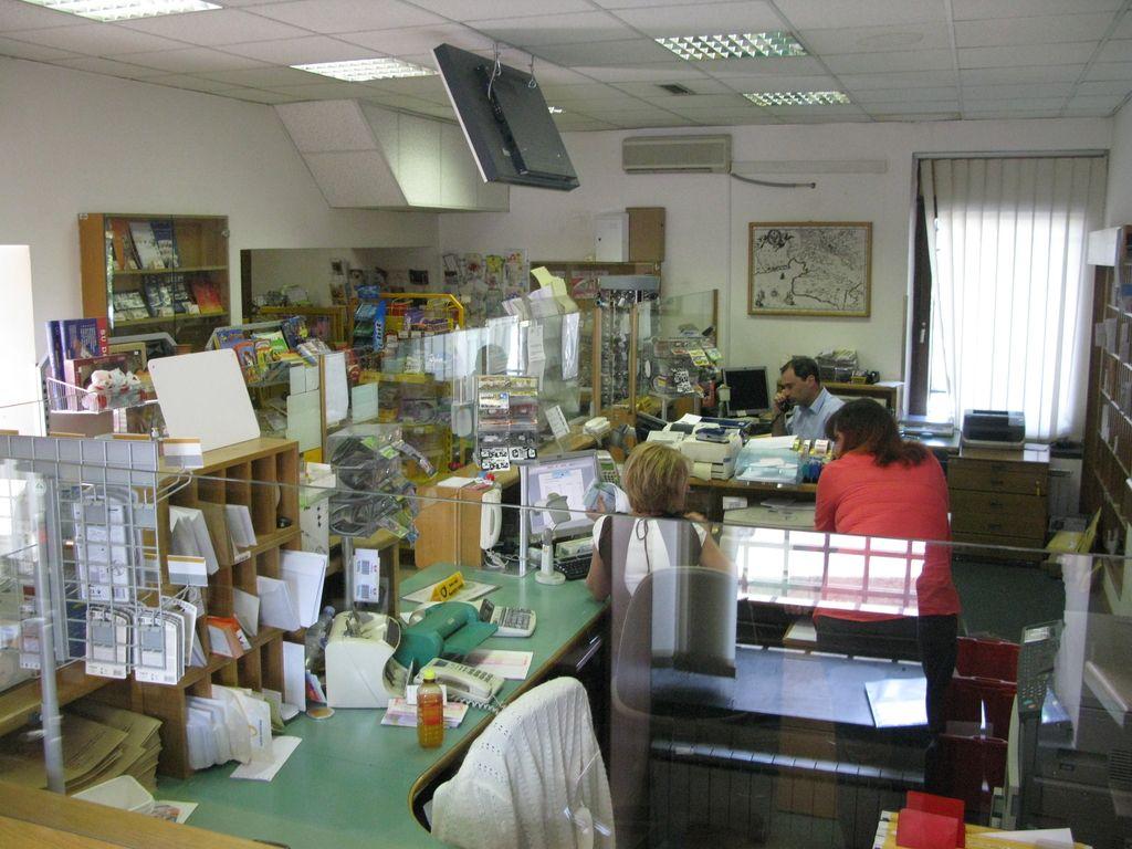 Po tragediji v Kresnicah danes bojkot poštnih poslovalnic?