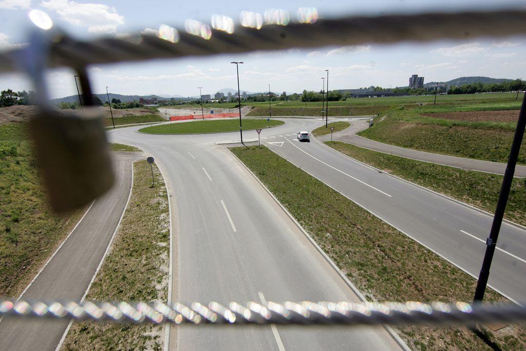 Sodišče odločilo, da poimenovanje Titove ceste ni ustavno