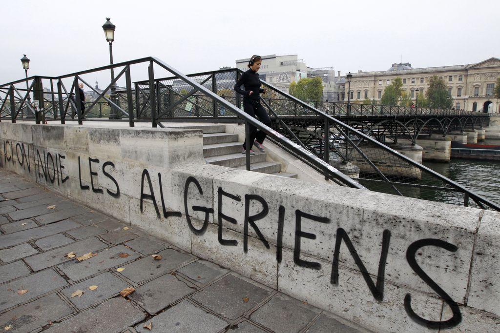 Francoski zločin nad Alžirci: pol stoletja brez opravičila