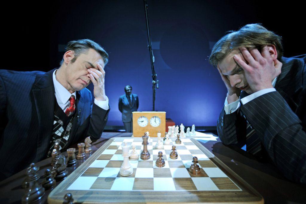 Deloskop napoveduje: Bobby in Boris