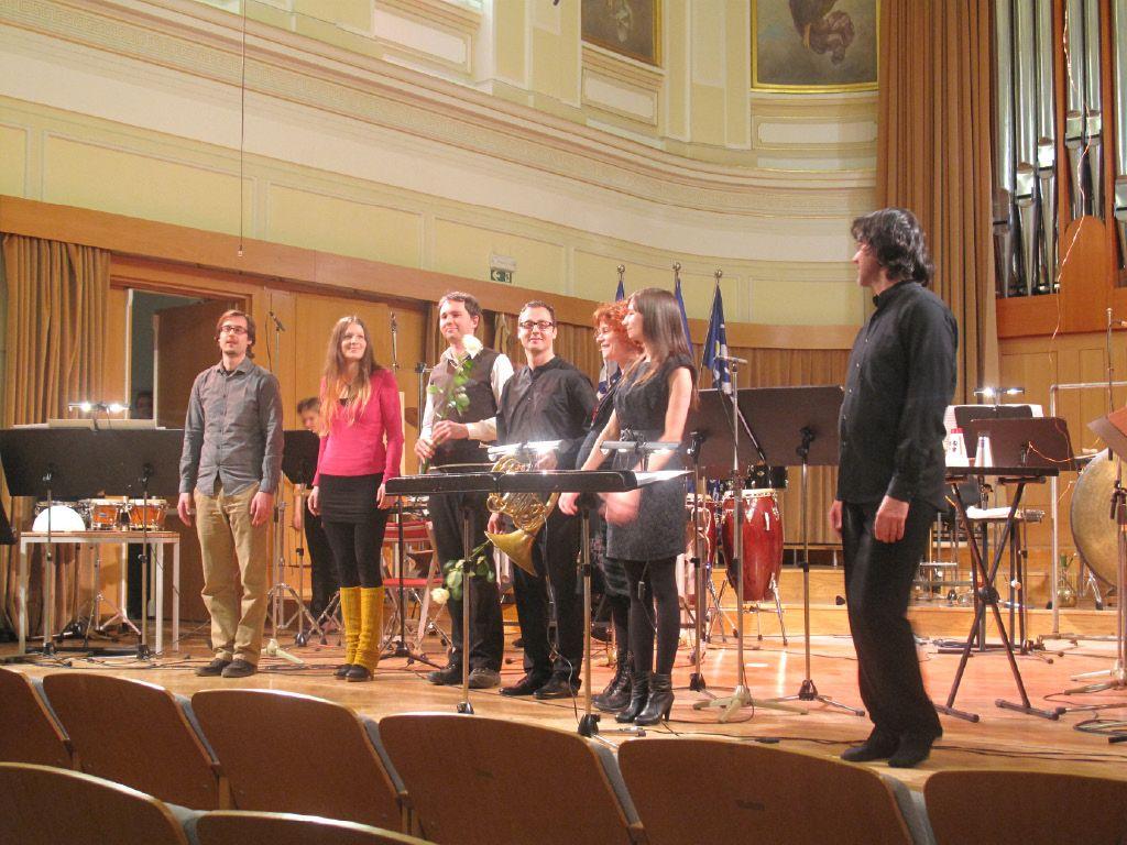 Mlada generacija skladateljev odhaja v tujino