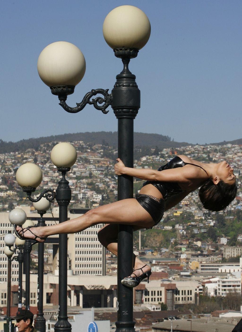 Dominikanske plesalke: Čeprav morajo plačevati, ne vedo, da so žrtve