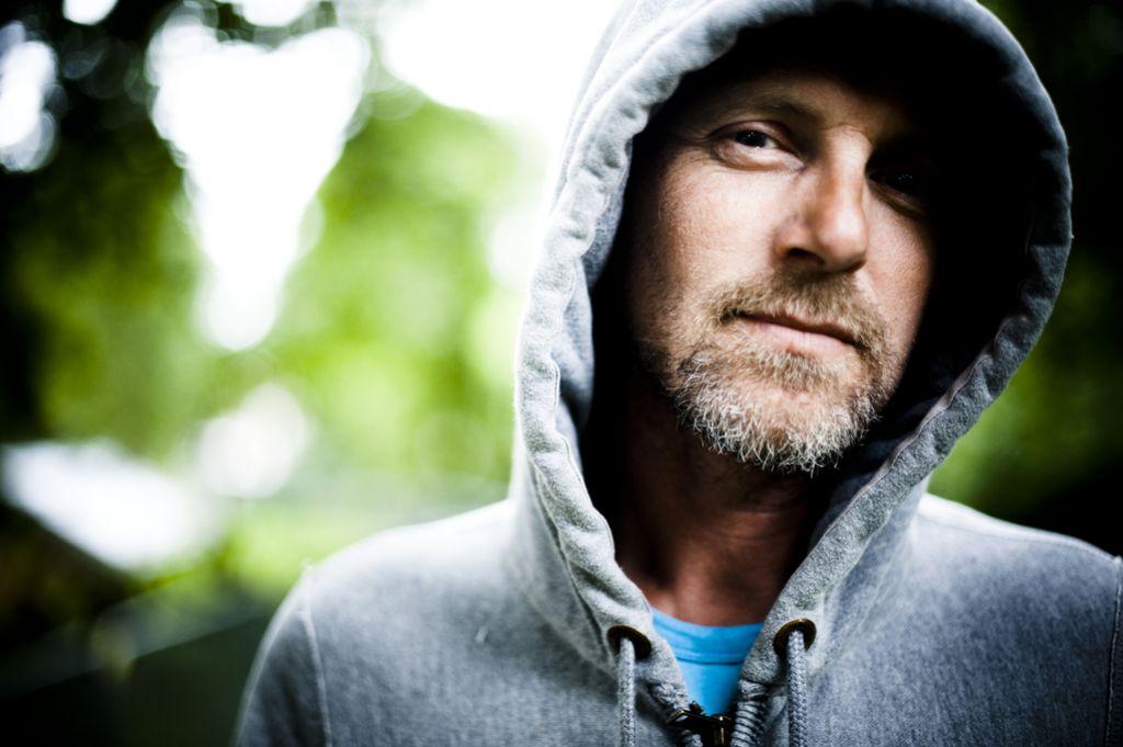 Jo Nesbø: Ko načrtujem zgodbo, sem ves čas z morilcem