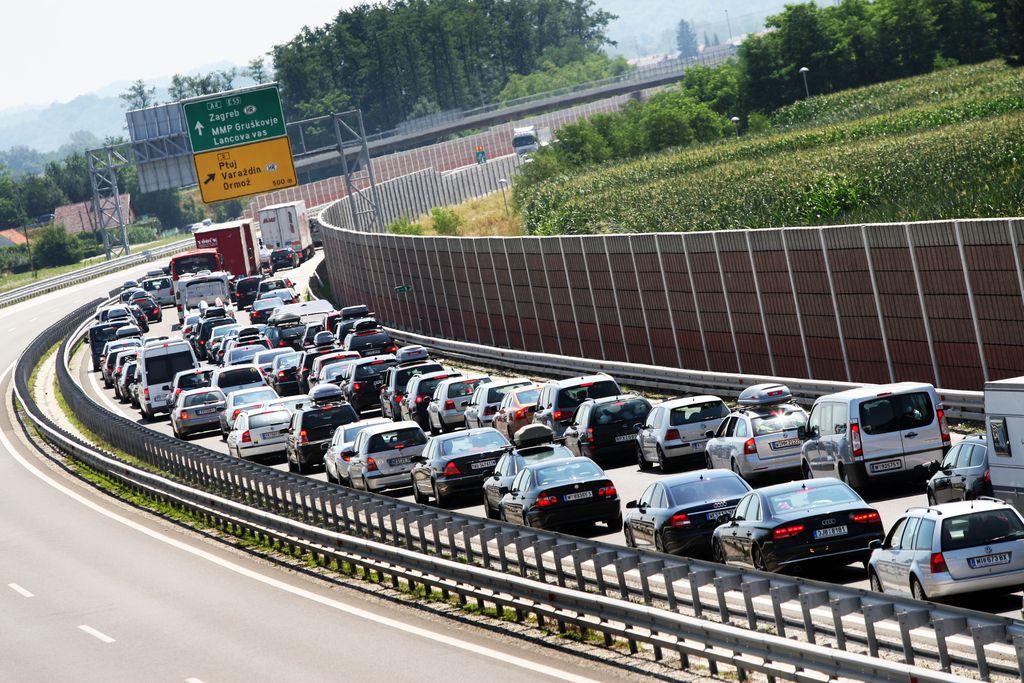 Dars za letos napoveduje začetek gradnje avtoceste Draženci−Gruškovje