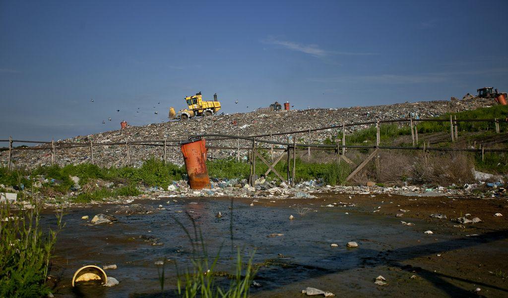 Strabag bo gradil center za odpadke Rcero