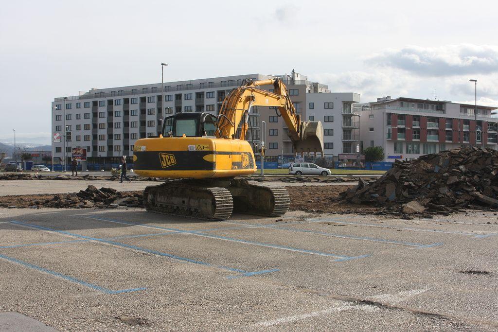 V Kopru brez parkirišča